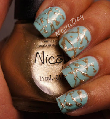NailaDay: Funky Fingers Mrs. Mint with NOPI Not a Gold Bigger