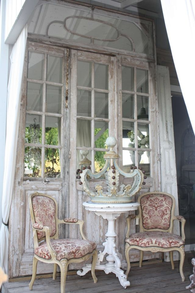 Boiserie c rustic chic french farmhouse style for French farmhouse architecture