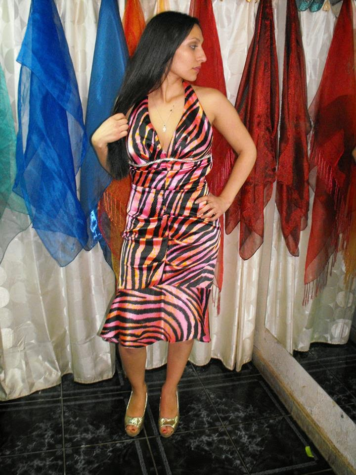 VESTIDO SATIN ZEBRA COLOR ROSA DISPONI