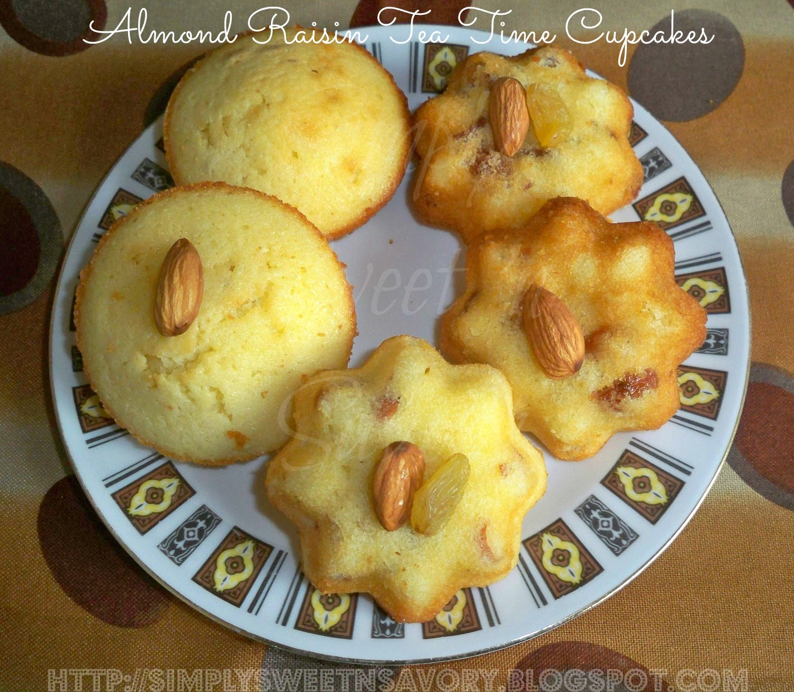 Almond Raisin Tea Time Cupcakes ... These little cakes / cupcakes with ...