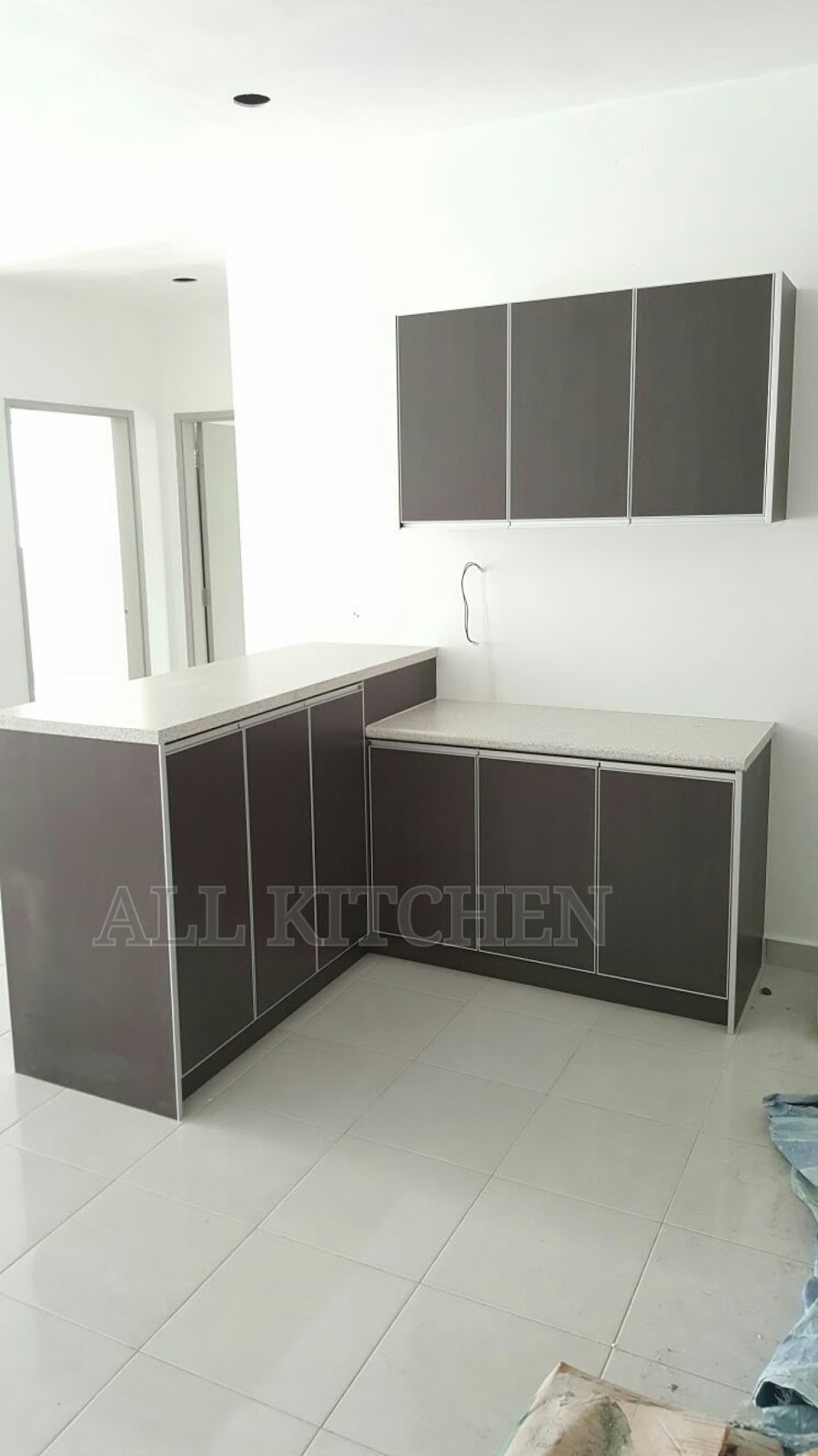 Kitchen cabinet puncak saujana kajang for Kitchen cabinet murah 2016