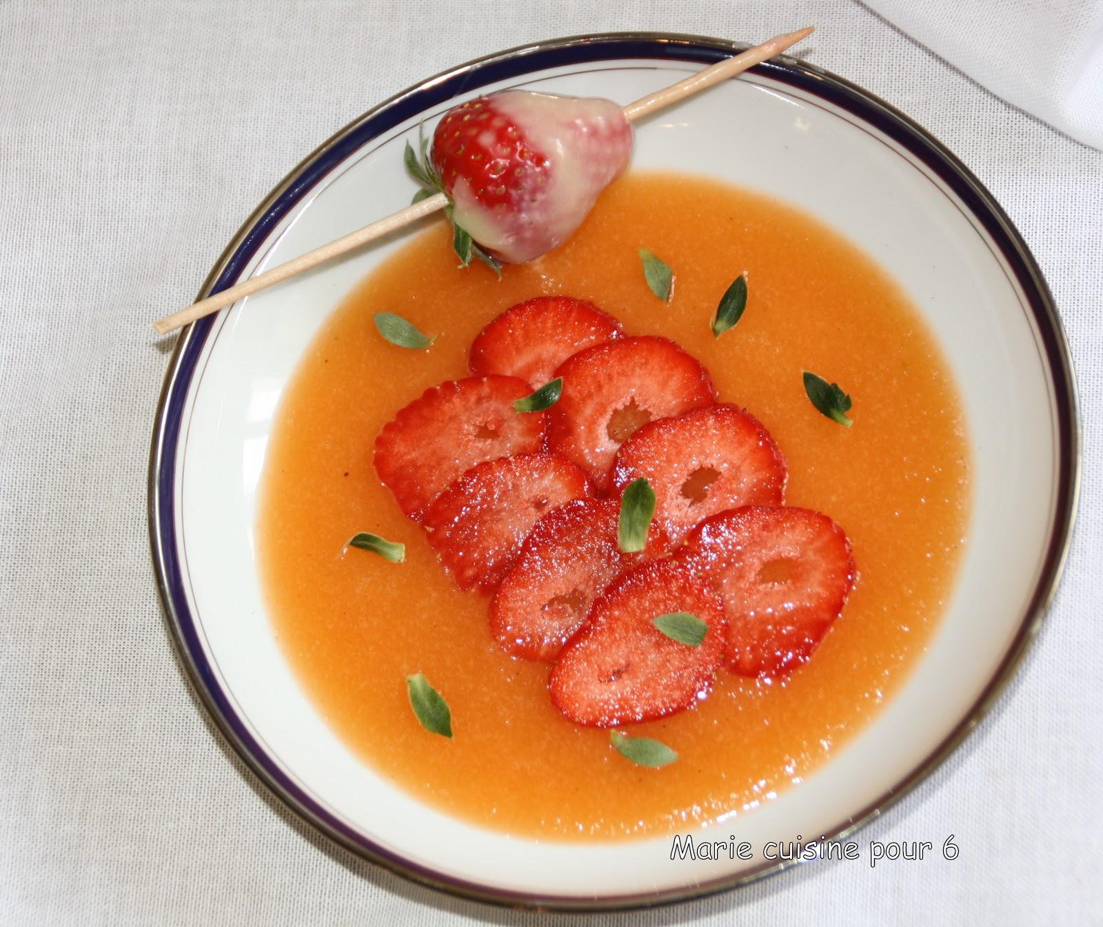 marie cuisine pour 6 soupe de melon glacee fraises et menthe. Black Bedroom Furniture Sets. Home Design Ideas
