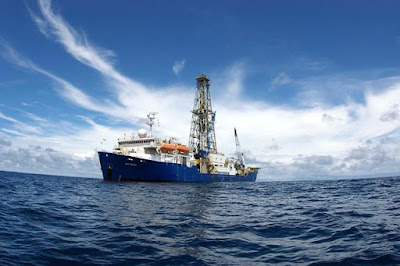 The Joides Resolution (JR), the IODP's flagship vessel (courtesy of UK-IODP)