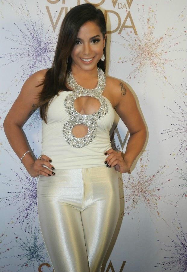 Cantora Anitta participou da gravação do Show da Virada