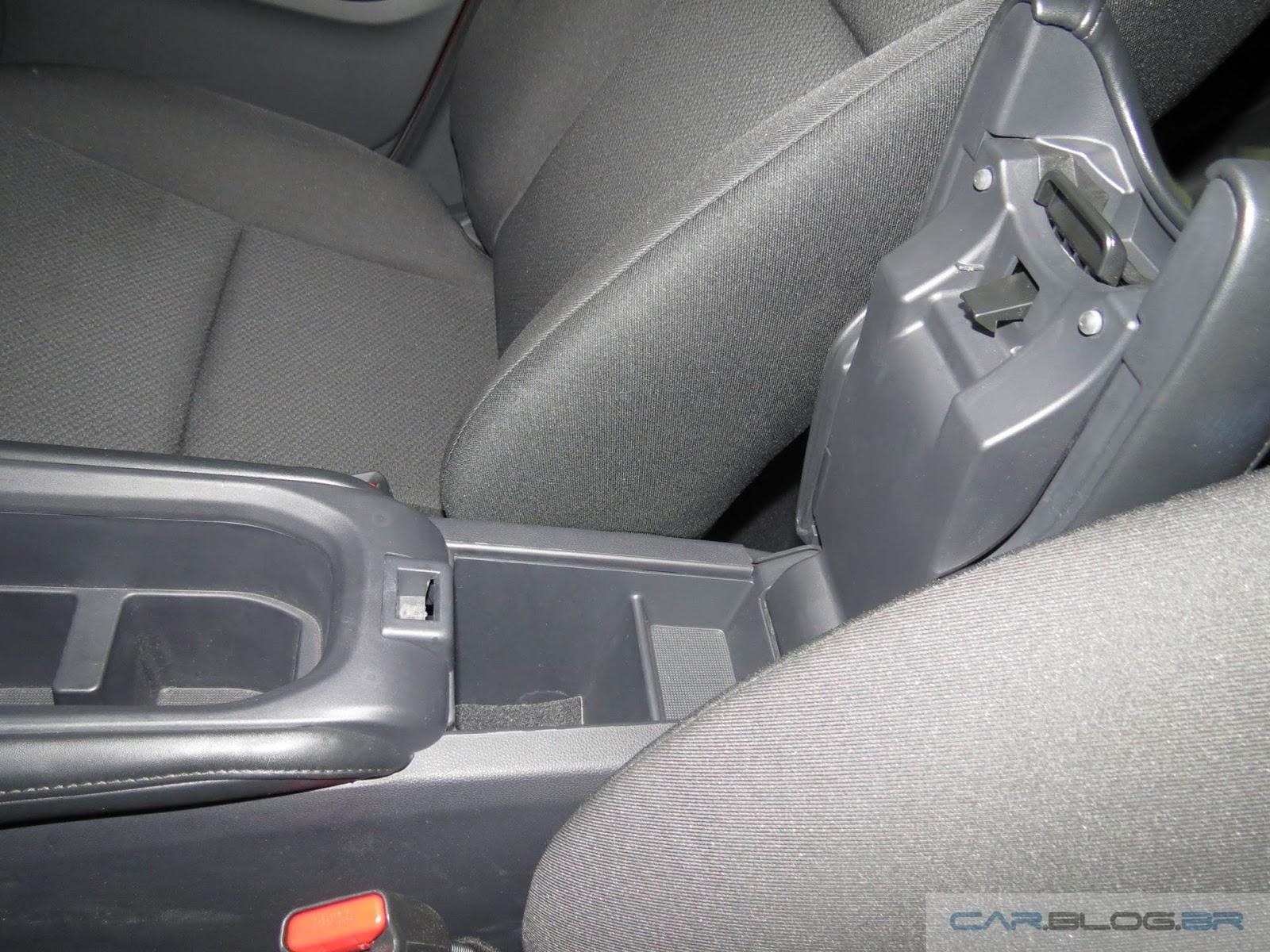 Honda HR-V EX - interior - porta-objetos