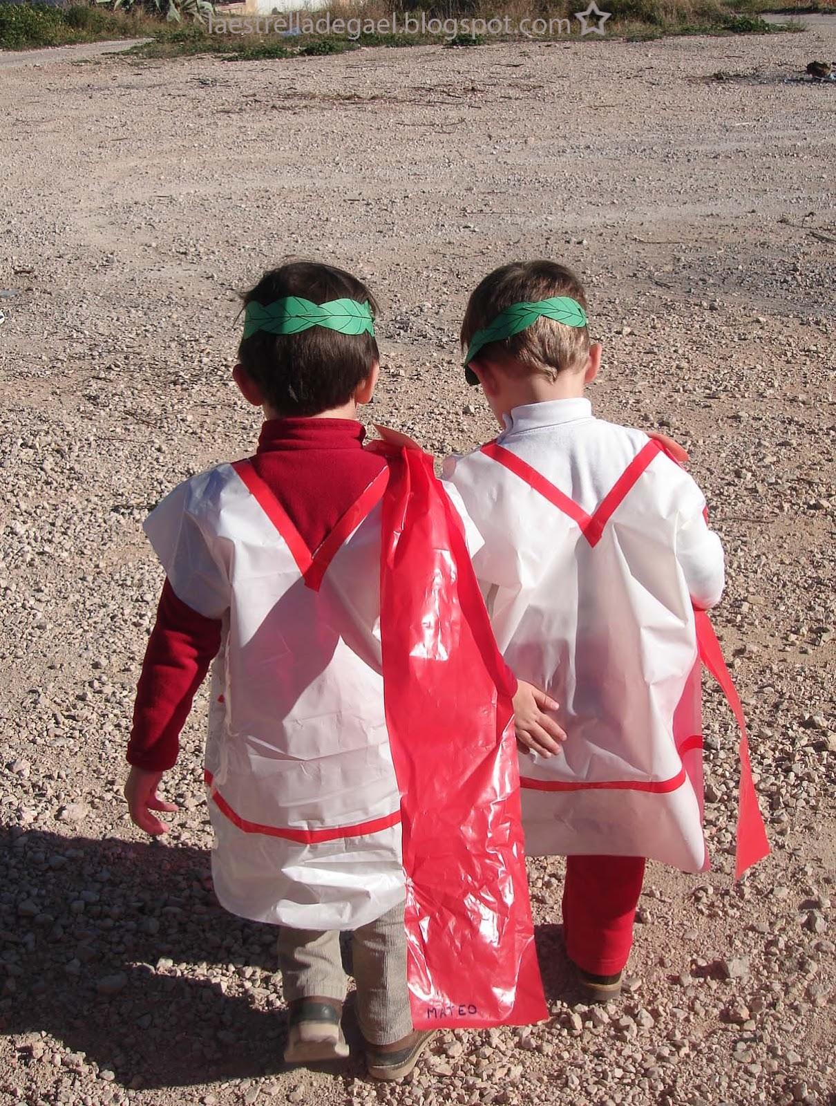 La Estrella de Gael: Disfraz de Romano con Bolsas de Basura. Viva el