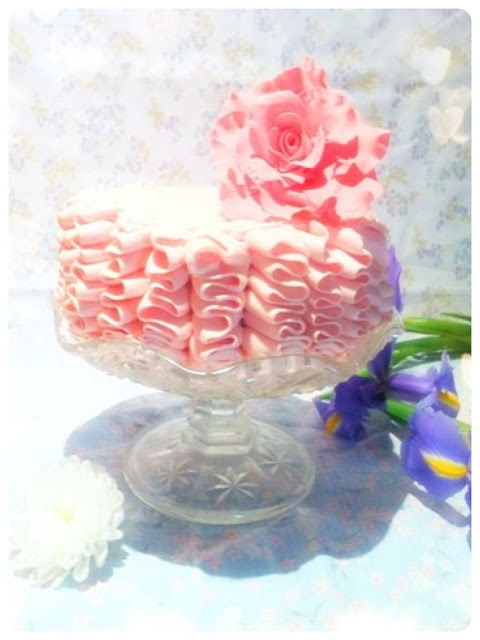 Cherie Kelly's Victoria Sponge Ruffle Cake with Sugar Rose