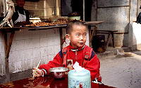 lunchtime on the market of Wanzhou