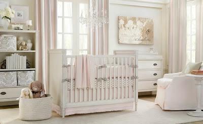 dormitorio de bebé rosa blanco