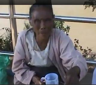 Ashin Pyinnyar Nanda – အရွင္ပညာနႏၵ၏ ရုပ္သံခရီးစဥ္ – မဲေဆာက္ ျမ၀တီတံတားအနီးက ေဒၚလွရွင္ (၇၃)ႏွစ္