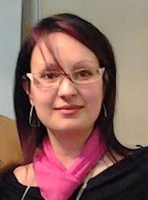 Angela Parise, scrittrice