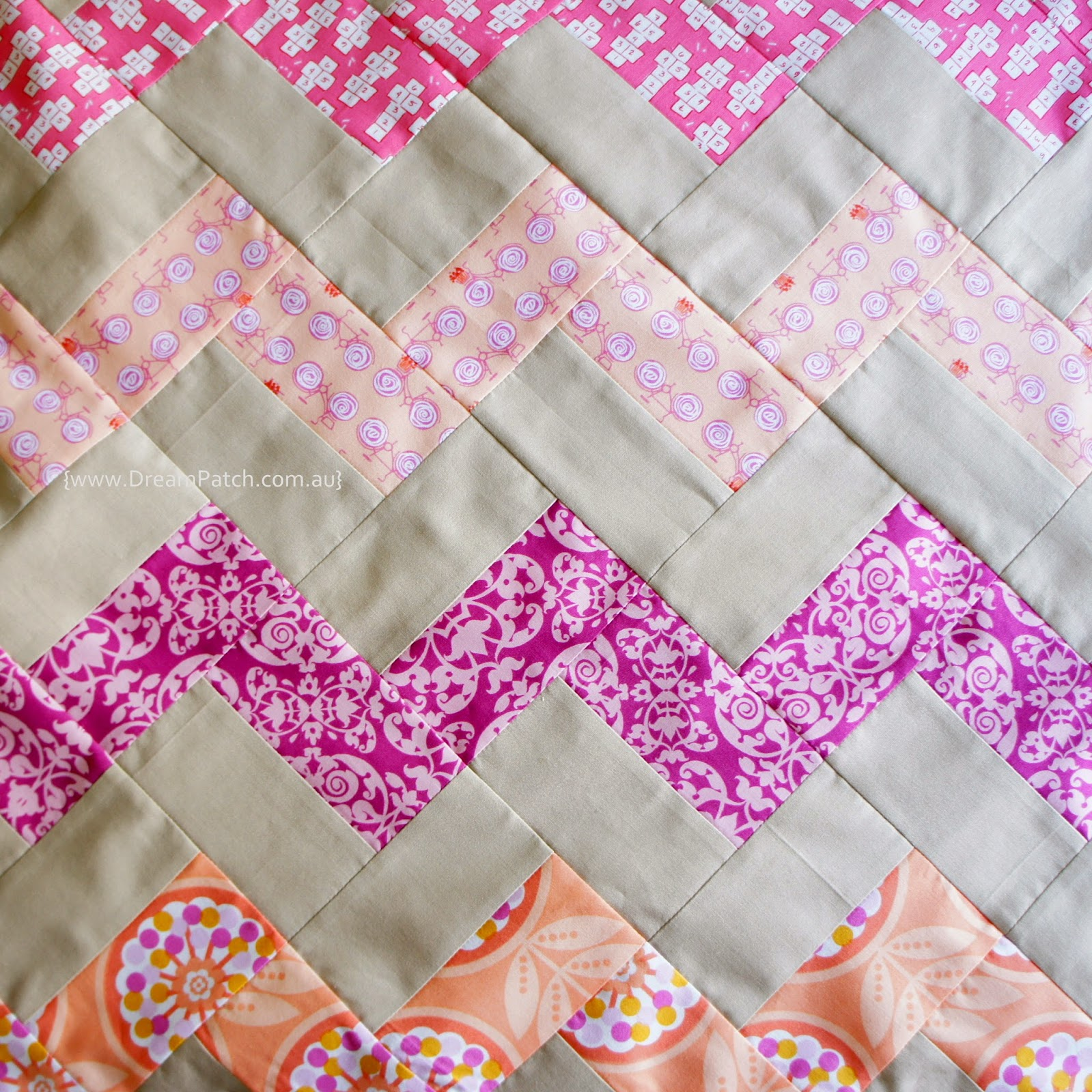Chevron Quilt Pattern Using Jelly Roll : DreamPatch: Chevron pattern with no triangles- A free tutorial