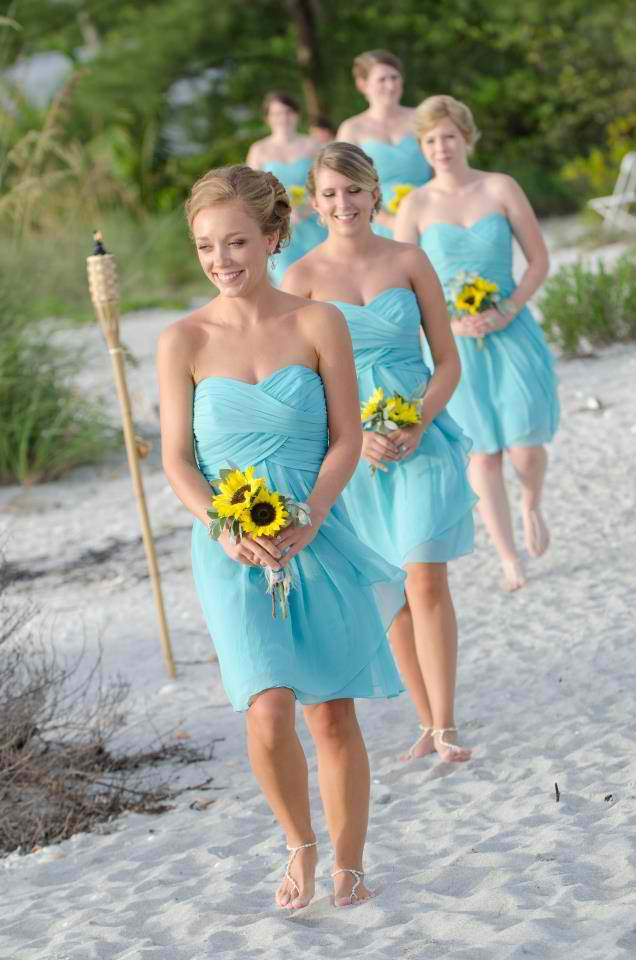Love My Weddings: Foot Jewelry for a Beach Wedding