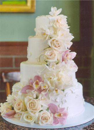 decorate wedding cakes with fresh flowers. Black Bedroom Furniture Sets. Home Design Ideas