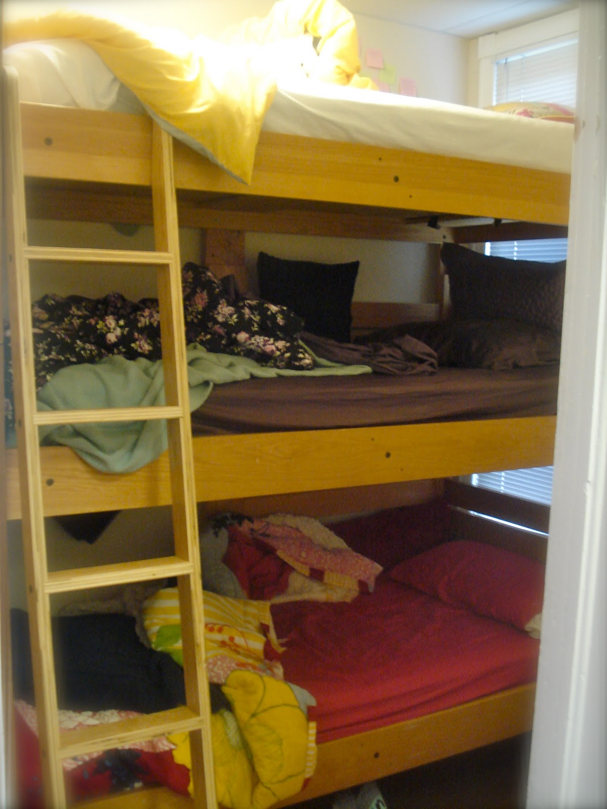 Decorating Ideas > Gallery For > Triple Dorm Room Layout Ideas ~ 091823_Dorm Room Ideas For Triples