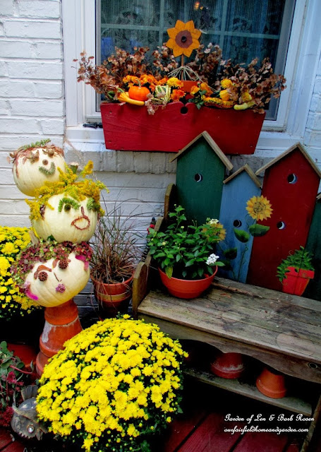 Fall & Halloween Vignettes http://ourfairfieldhomeandgarden.com/getting-into-the-spirit-of-halloween-insert-spooky-music-here/