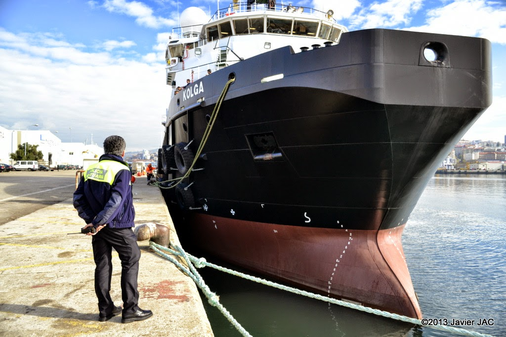 Fotos y videos de buques en vigo anchor handling kolga - First outlet vigo ...