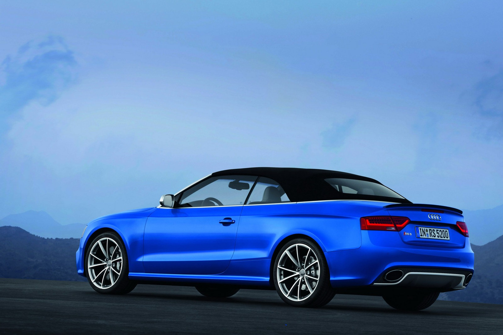 Audi rs5 convertible used 11