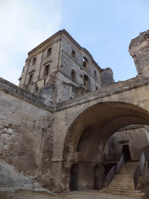 France Provence arles abbaye Montmajour