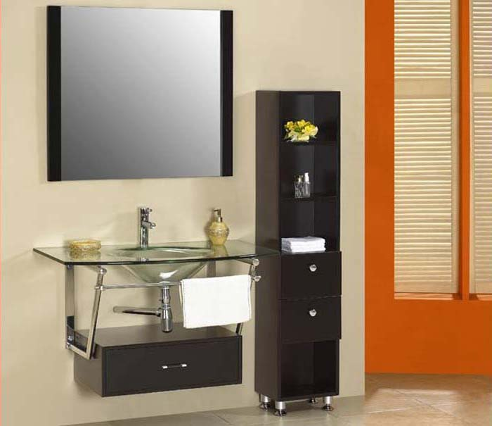 Bathroom designs for older homes home decorating for Remodeling bathroom ideas older homes