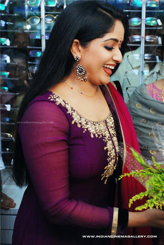 Kavya Madhavan Hot Photo Gallery in Beautiful Saree - CAP