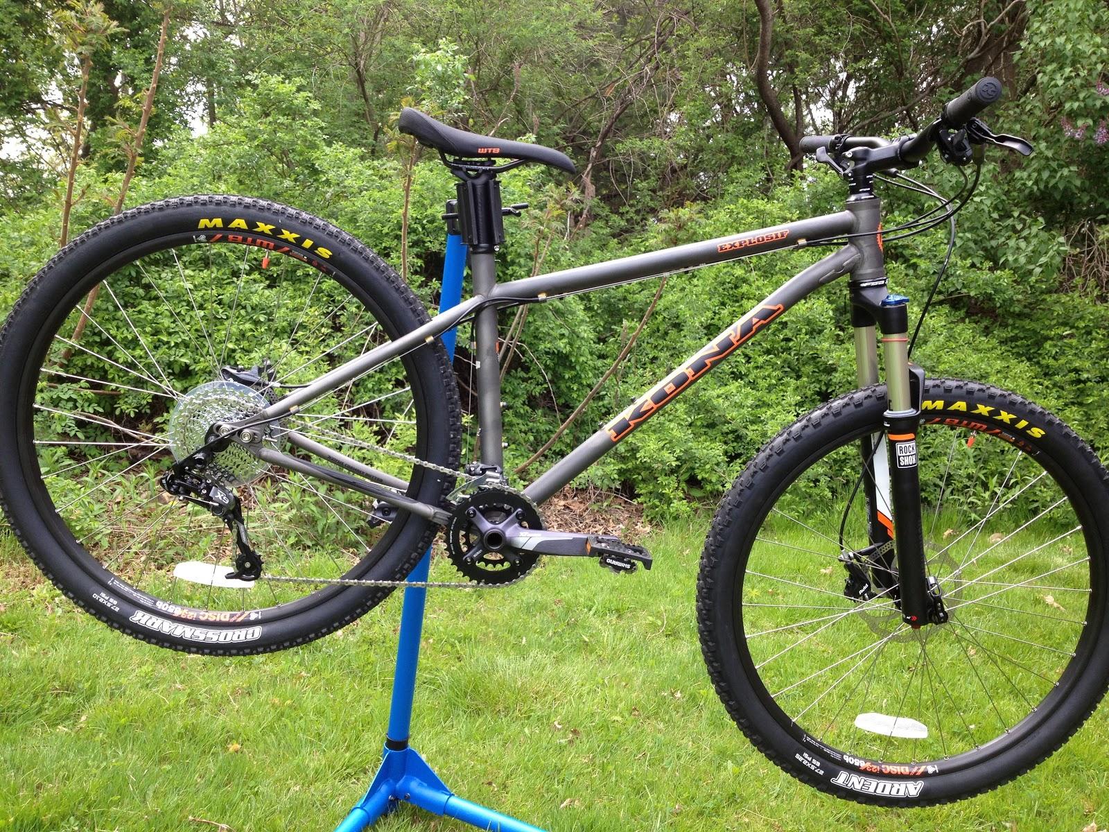 Cutting Edge Mountain Bikes: Kona Explosif