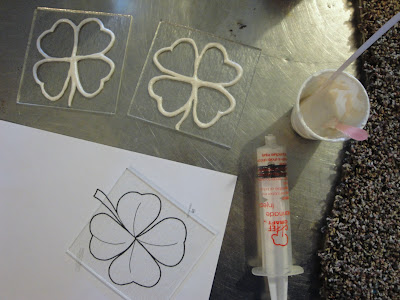 Mica Liquid Glass Four 4 Leaf Clover Fused Frit Tile