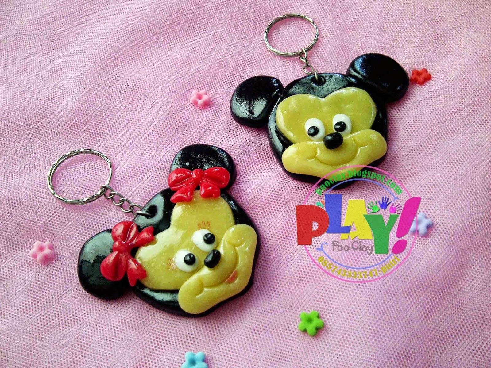 Souvenir Clay Gantungan Kunci Sovenir Jenis Tema Mickey Dan Minni Mouse Ukuran 5cm Untuk Bisa Ultah Ket Bentuk Warna Bervariasi Sesuai