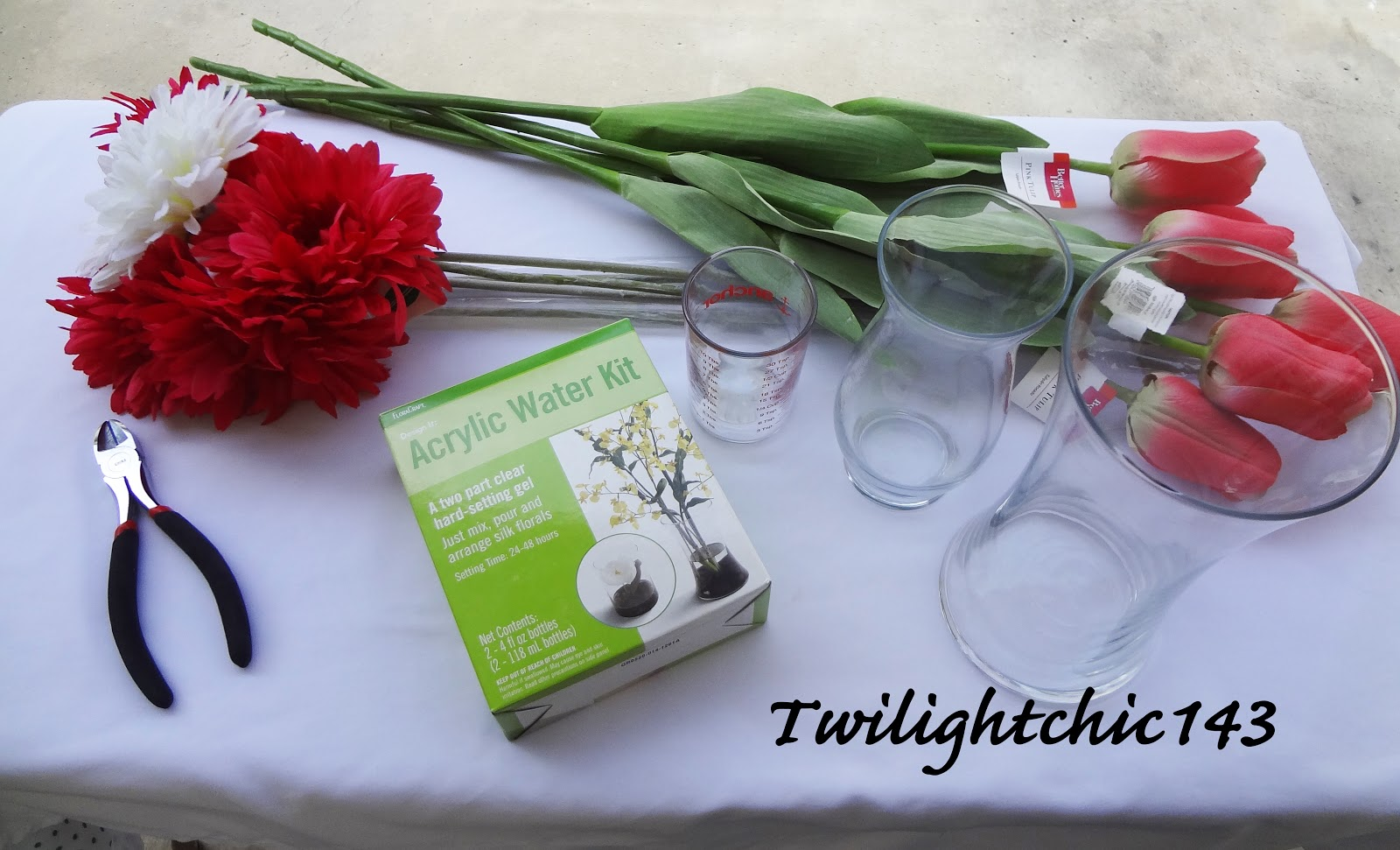 Diy acrylic water flower arrangementtwi chic thursday tins bloggin artificial flowerssilk flowers clear glass vase measuring cup wire cutter acrylic water kit mightylinksfo
