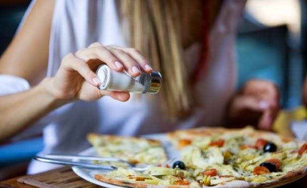 Disminuye el consumo de sal