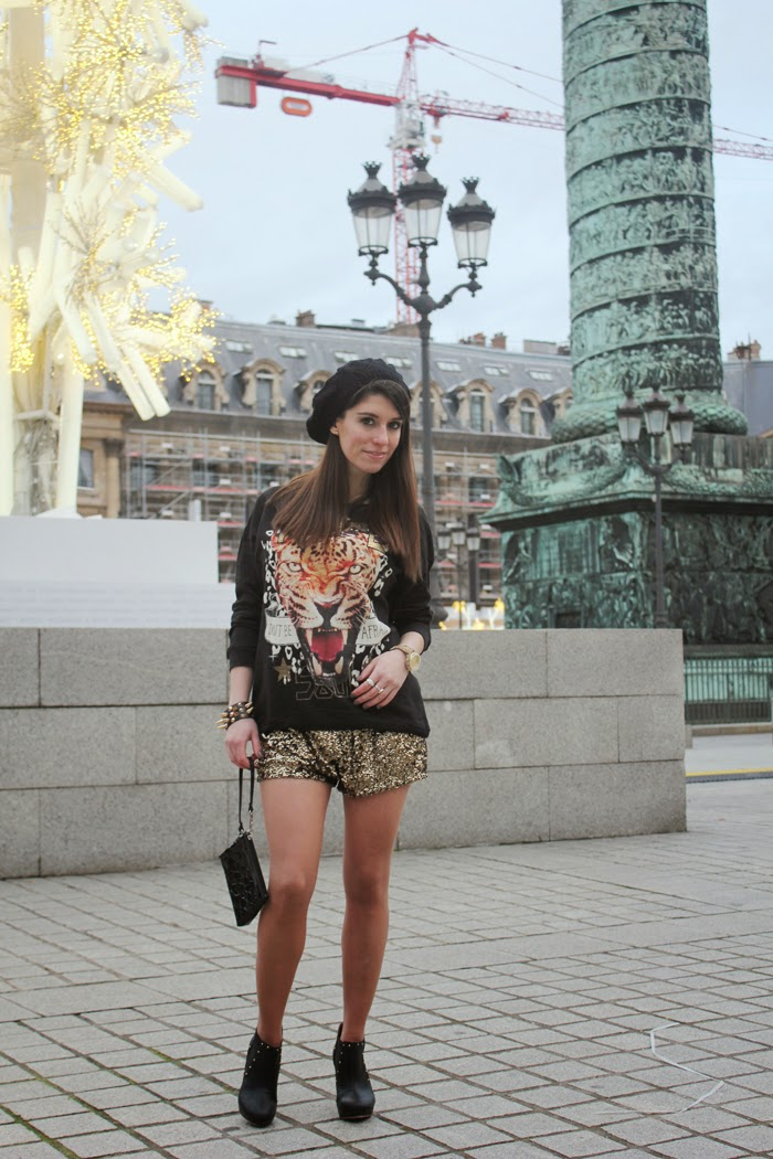 fashion blog, fashion blogger,Paris, place Vendome, golden sequin, shorts, shorts lentejuelas, outfit rockero, rock, streetstyle