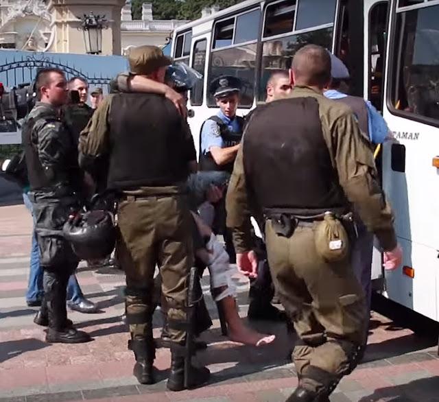 после взрыва гранаты есть раненые и убитые