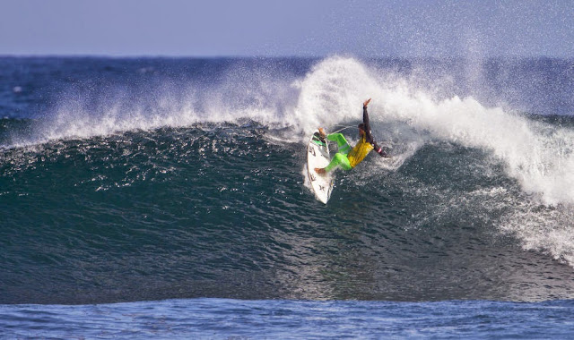Foto ASP Kirstin Scholtz Drug Aware Margaret River Pro michel bourez cuartos de final