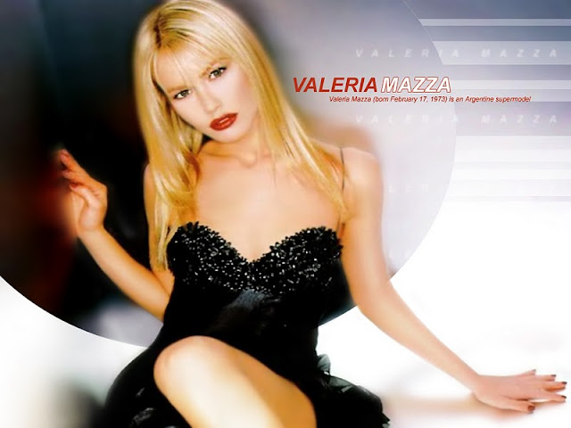 Valeria Mazza Sexy in Black Dress