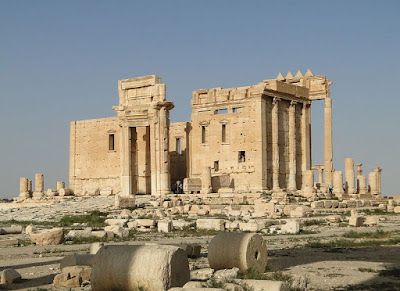 https://commons.wikimedia.org/wiki/File:Temple_of_Bel,_Palmyra_02.jpg
