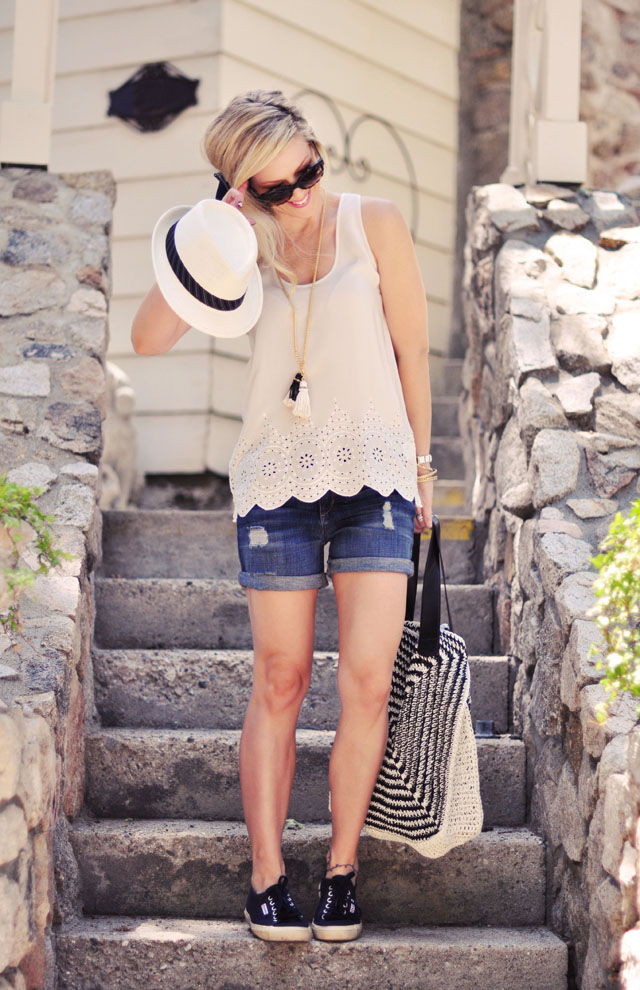 cute summer boyfriend shorts outfit