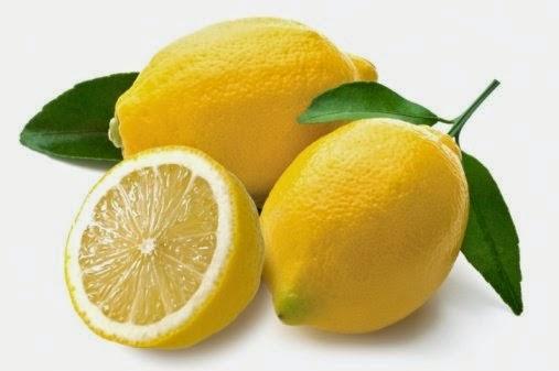 علاج التهاب اللثة بالليمون