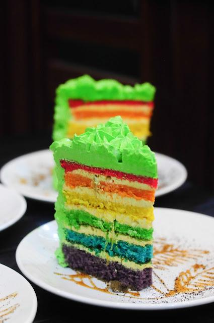 Durian rainbow cake
