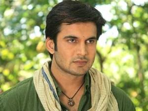Biodata Ajay Chaudhary Pemeran tokoh Vishnu