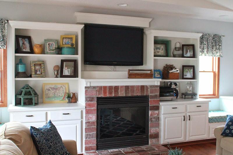 Built Shelves for Flat Screen TVs