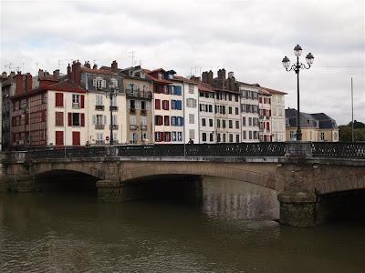 Puente en Petit Bayonne
