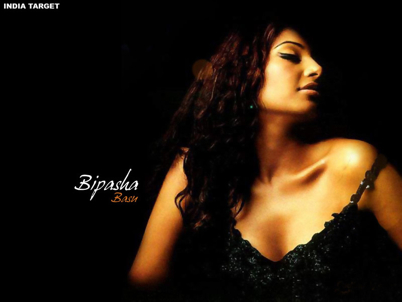 Bipasha Basu Wallpaper1 - Bipasha Basu Hot Wallpapers