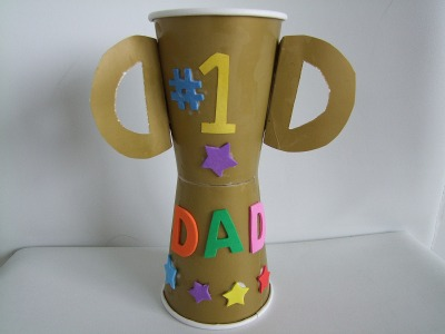 Craft Ideas  Paper Cups on Preschool Crafts For Kids   Father S Day Trophy Cup Craft 1