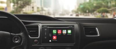 Mobil Toyota Terintegrasi Apple CarPlay Hadir di 2015