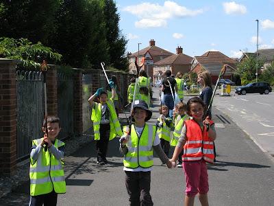 Ladygrove Park Primary School: BIG TIDY UP!