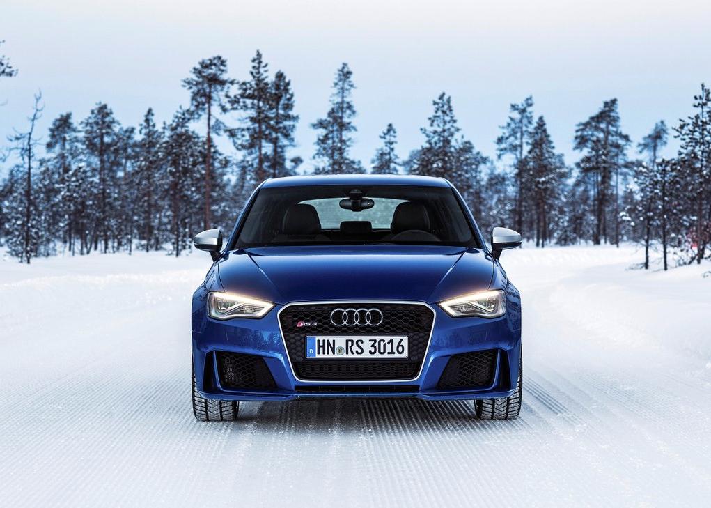 2015 Audi RS3 blue