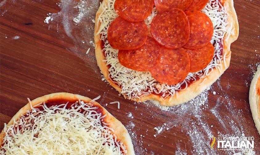 http://theslowroasteditalian-printablerecipe.blogspot.com/2014/02/2-ingredient-pizza-dough.html