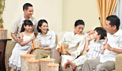 Kado Ulang Tahun untuk Ibu - Foto Keluarga