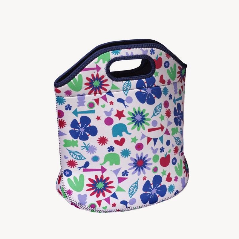http://wyprawamama.pl/lunchboxy-i-termoopakowania/664-podreczna-torba-lunchowka-z-neoprenu-niebieska-w-ksztalty.html