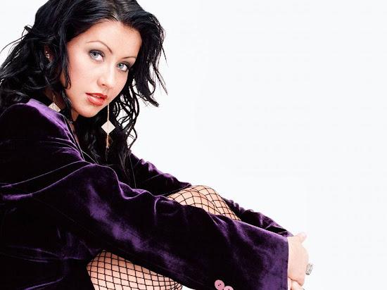 Christina Aguilera Singer and Model Wallpaper